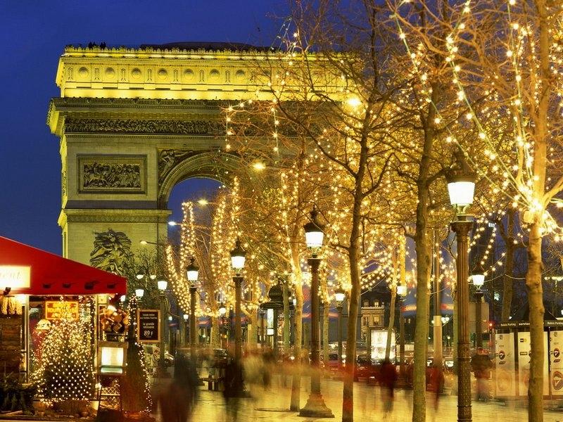 010-Arc de Triomphe, Paris, France