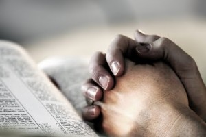 praying_hands_bibl